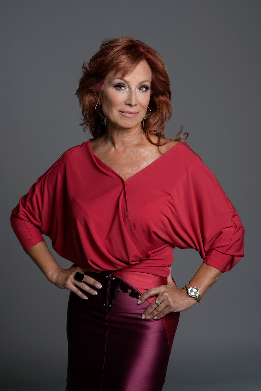 Az 53 éves színésznő, Détár Enikő az idei Sztárban Sztár legnagyobb színpadi rutinnal rendelkező versenyzője.