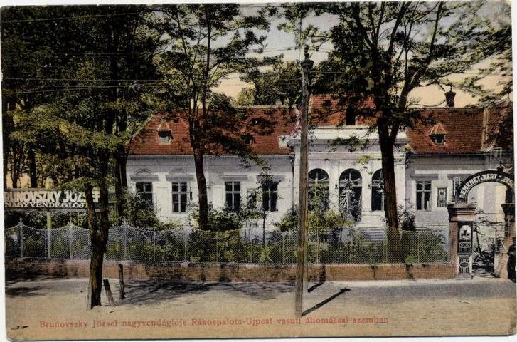 A vendéglő egy húszas években kiadott képeslapon