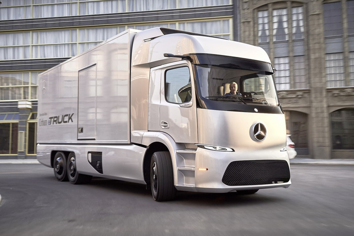 A Mercedes prototípus eTruckjának ugyanaz a neve, mint a magyarnak
