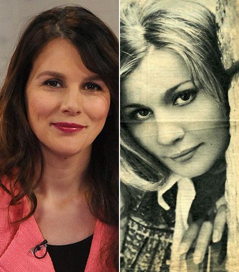 Almási Éva színésznőnek Balázsovits Lajos színésztől született lánya, Balázsovits Edit, aki már 33 évesen Jászai Mari-díjas lett. Anya és lánya a Shopping & Fucking, valamint a Popfesztivál 40 című darabban is együtt játszott.