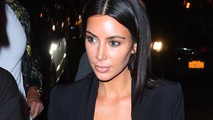 Kim Kardashian kivételesen felöltözött, de az Instagram így is őrjöng