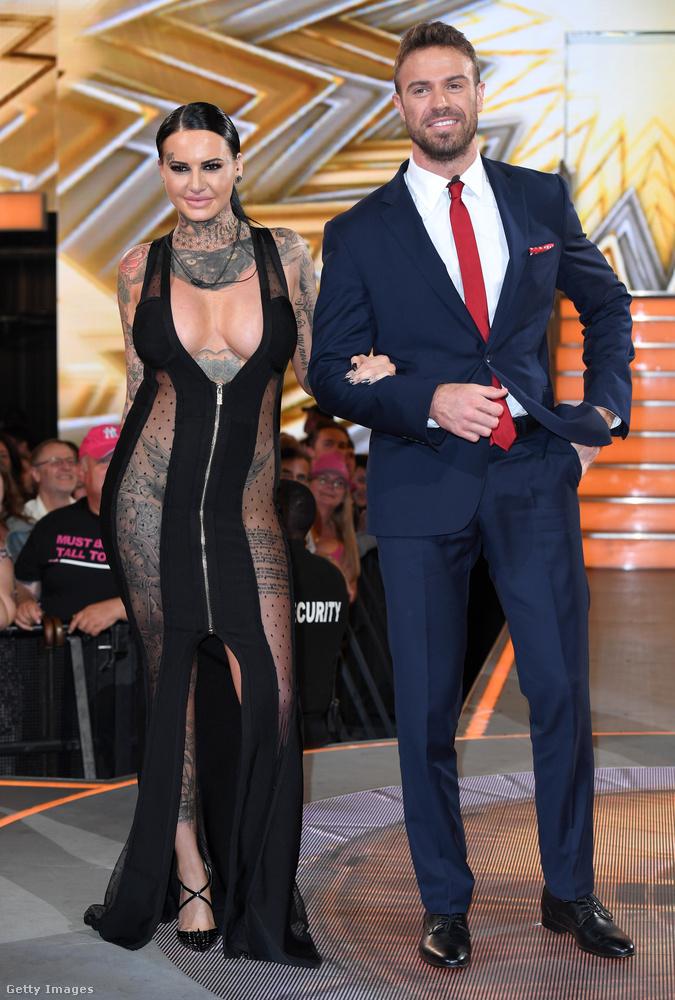 Jemma Lucy a hatodik helyen végzett a Celebrity Big Brotherben, itt játékostársával, Chad Johnsonnal látható, aki korábban az amerikai Nagy Ő-ben tűnt fel, és aki most a műsorban a végül győztesnek kihozott Sarah Hardinggal romantikázott
