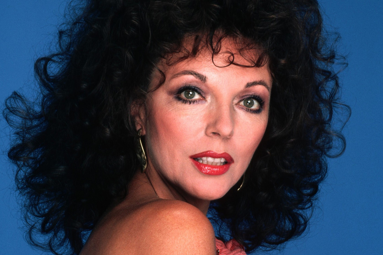 joan-collins-2017-cover