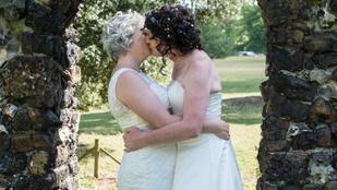 Most leszbikus párként házasodtak össze