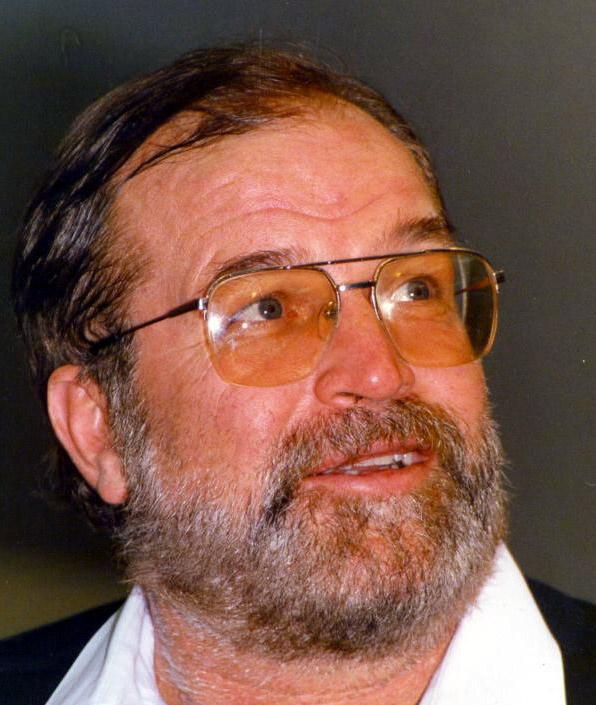 Ő volt a legtöbbször Bud Spencer szinkronhangja, de ő adta a magyar hangját a Megint 48 órában Nick Nolte-nak vagy a Gyilkos bolygóban Sean Connerynek is.