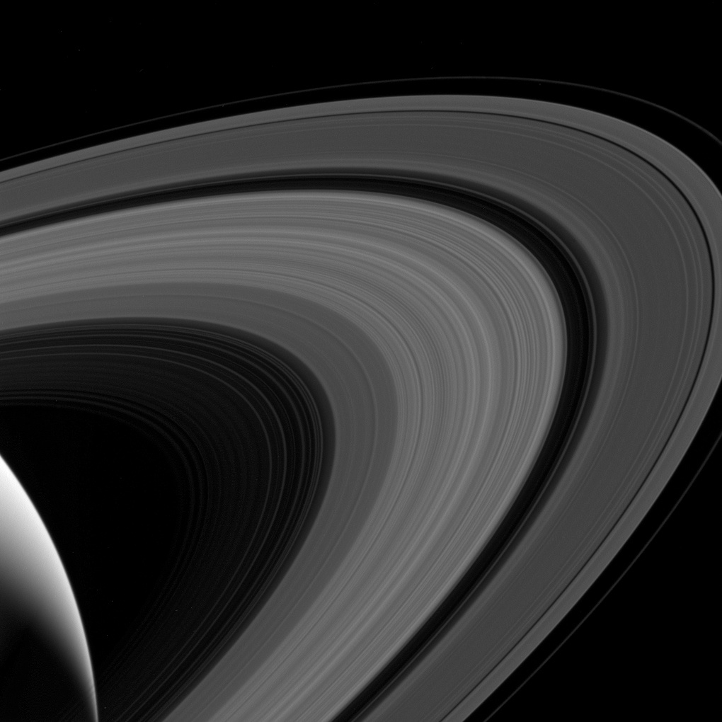 A Cassini űrszonda képe a Szaturnusz gyűrűiről 2017 július 24-én.