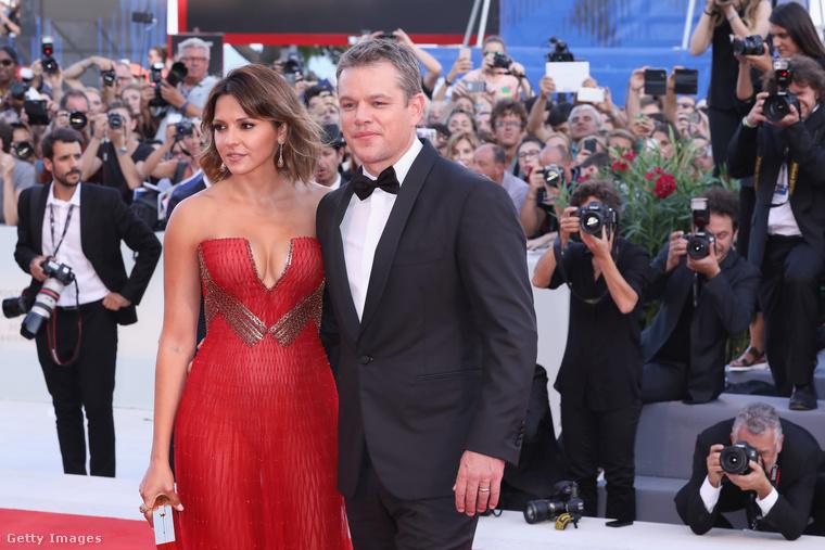 Szerda este megkezdődött a Velencei Filmfesztivál, a megnyitó díszvendégei pedig Matt Damon és neje, Luciana Damon voltak.