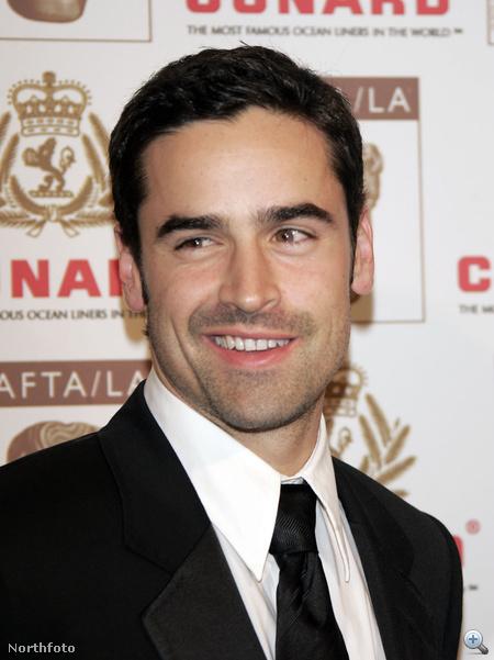 Sármos mosoly egy 2006-os díjkiosztón