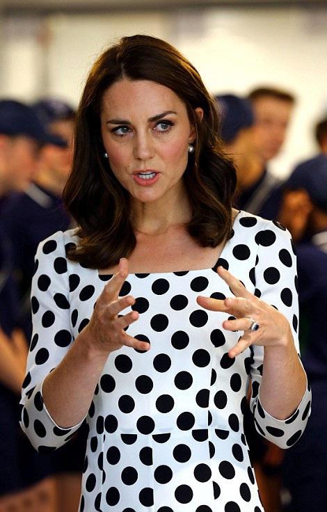 Katalin hercegné jól döntött: sokkal fiatalabbnak néz ki az új frizurájával.