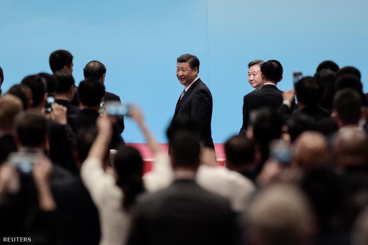Kína miniszterelnöke, Hszi Csin-ping érkezik a BRICS megnyitójára.