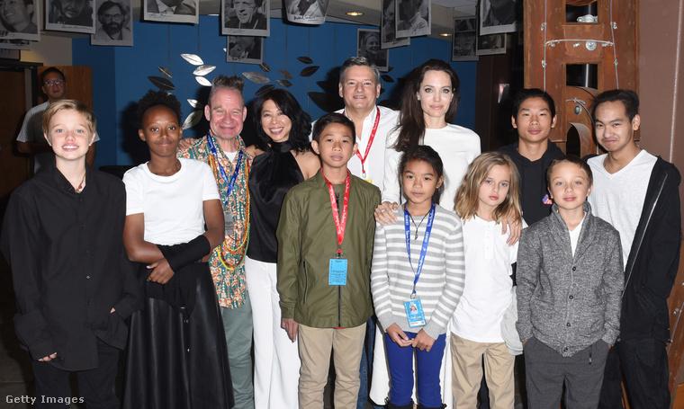 A filmjéről (First They Killed My Father) többek közt elmondta, hogy Maddox nevű, kambodzsai fia (hátsó sor, jobb szélső) miatt mindenképpen szeretett volna elmélyülni az ország történetében, és fontosnak tartotta, hogy fia ismerje a gyökereit