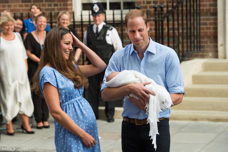 Ahogy arról beszámoltunk, Katalin hercegné és Vilmos hétfőn hivatalosan is bejelentették: a harmadik gyermeküket várják