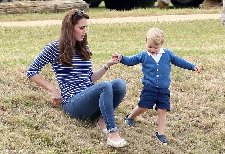 Ám a kislány születése ellenére, Katalin hercegné szakít időt arra, hogy néha csak a fiával legyen.