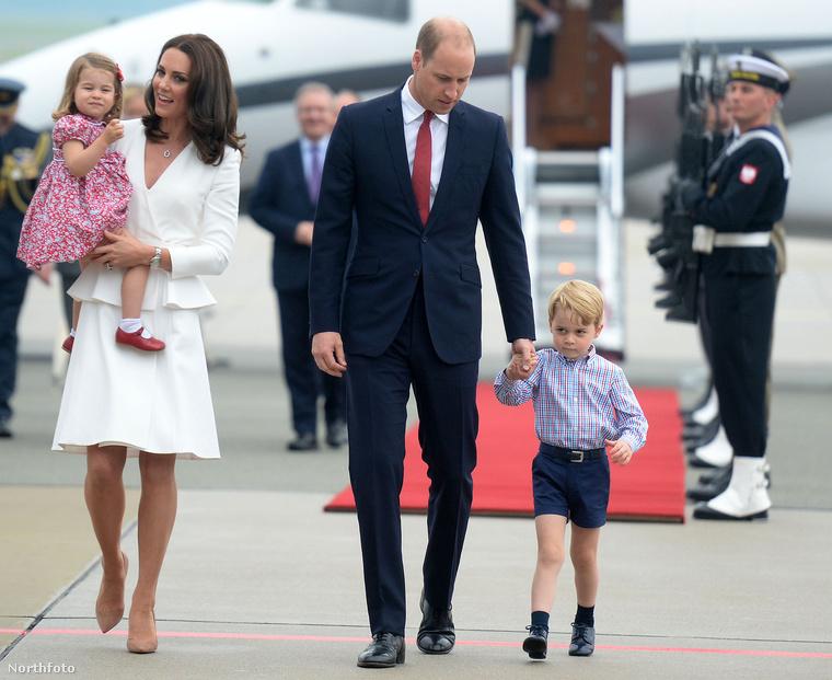 Az út során pedig kiderült: György herceg nem tud parancsolni a grimaszainak, Sarolta viszont már most igazi hercegnő.