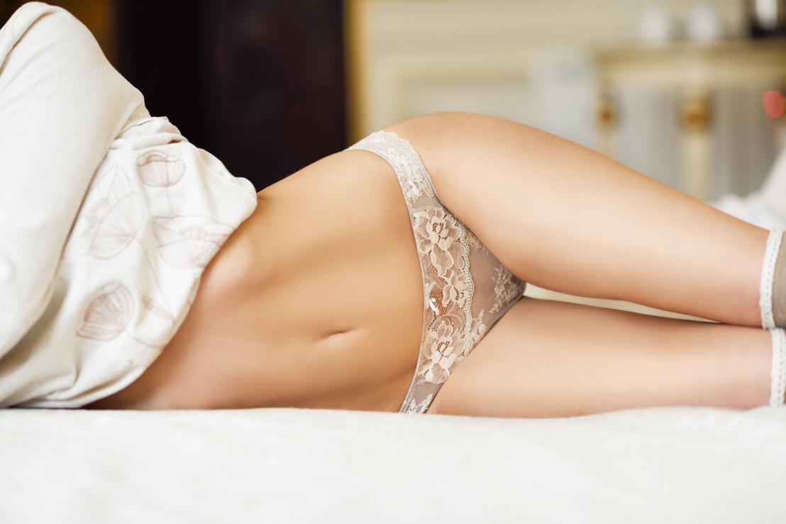 Szexi vékony lány pornó