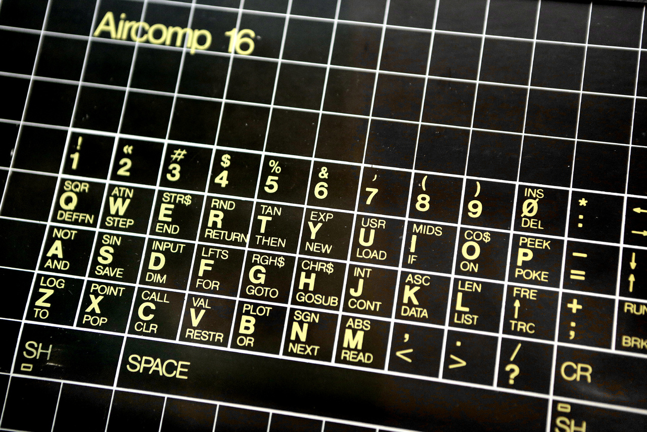 Aircomp-16 16 kilobájtos személyi számítógép érintőfóliás klaviatúrája. Gyártó: Boscoop Szövetkezet, év: 1982.