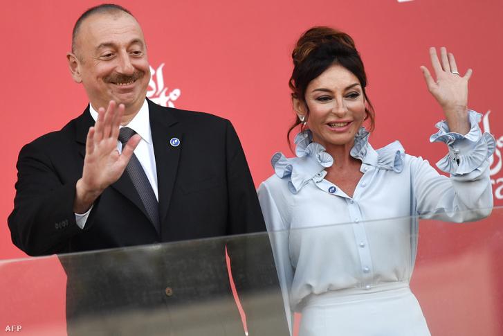 Ilham Alijev azeri elnök és felesége