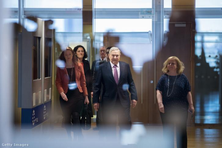 Soros György Brüsszelben 2017. április 27-én