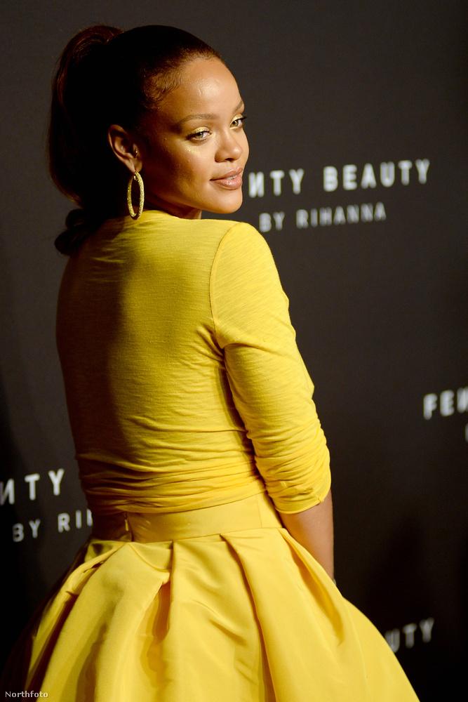 Ha egyszer lesz lehetőségünk rá, mindenképp megkérdezzük Rihannától, hogy életcélja-e hogy minden eseményen a legrosszabbul öltözött celeb legyen, vagy ennyire utálják egymást a stylistjával, esteleg szado-mazo viszonyban vannak, ha az öltöztetéséről van szó?Ám amíg várunk a válaszra, megmutatjuk Rihanna legfrissebb vörös szőnyeges szerelését, ami számunkra mégis azt bizonyítja, hogy az öltöztető eléggé gyűlöli a kliensét.