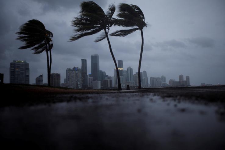 Irma 119 km/órás széllel érte el Floridát