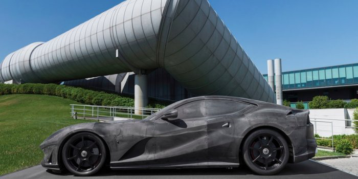 ferrari-812-superfast-wind-tunnel-model 700