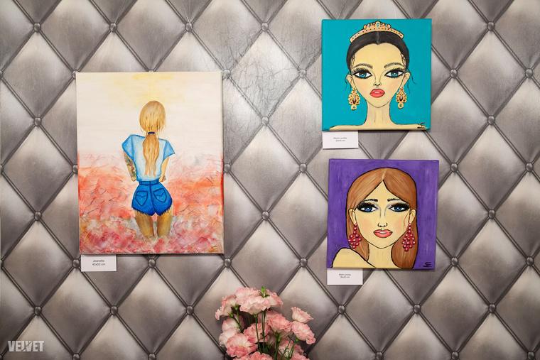 A kiállításon három portréja volt látható, melyek közül a jobb felső, az előző képen látható tanítványát ábrázolja.