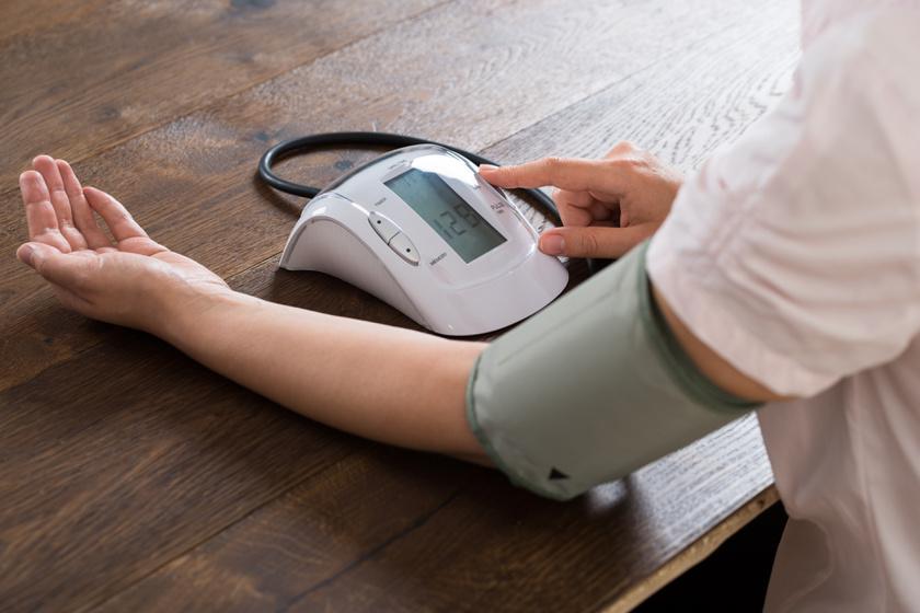 vérnyomás mérés (2)