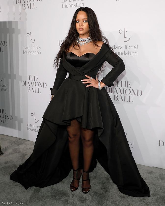 Ez már az idei Diamond Ball, amelyet Rihanna jótékonysági alapítványa, a Clara Lionel Foundation számára rendeznek