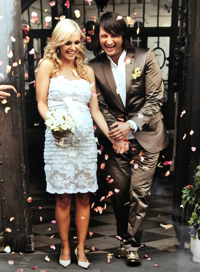 Marton Adrienn tíz éve alkot egy párt Edvin Martonnal, és nyolc éve boldog házasok.
