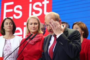 Martin Schulz pártja a szavazatok 20-21 százalékát szerezte meg, amivel a szocdemek történelmi mélypontra kerültek.