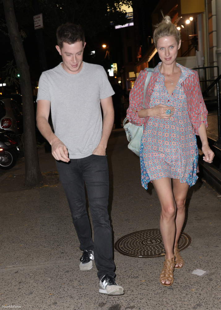 Nicky Hilton a férjével, James Rothschilddal, jelent meg.