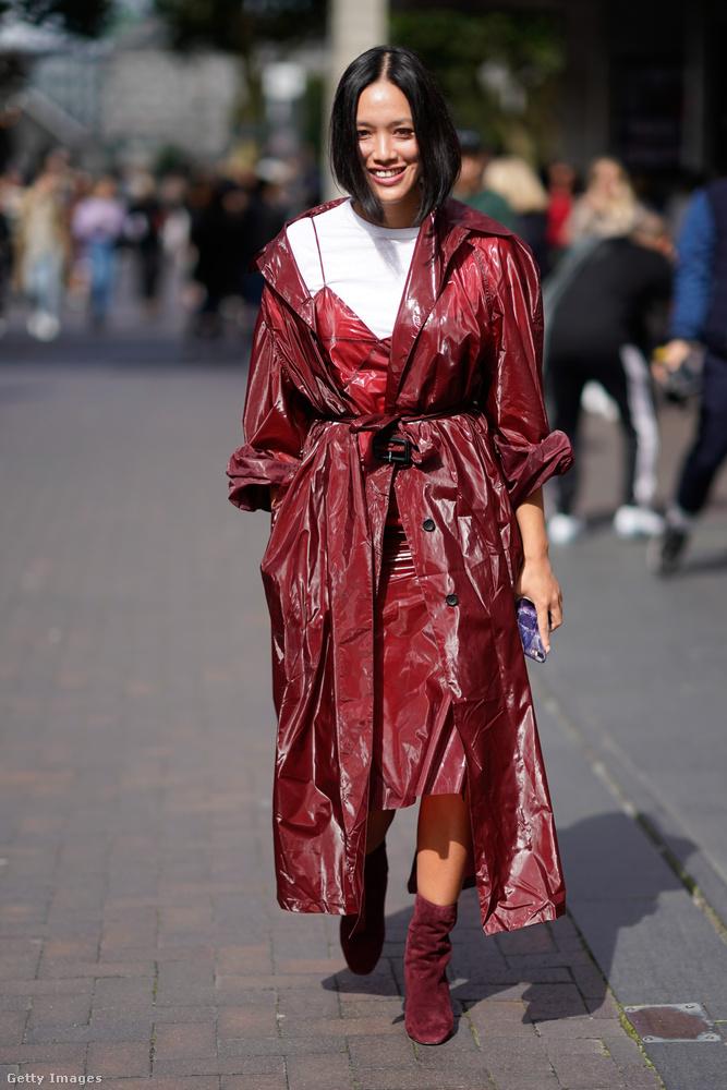 Vörösbor színek a 33 éves kínai színésznőn, Tiffany Hsun Londonban.