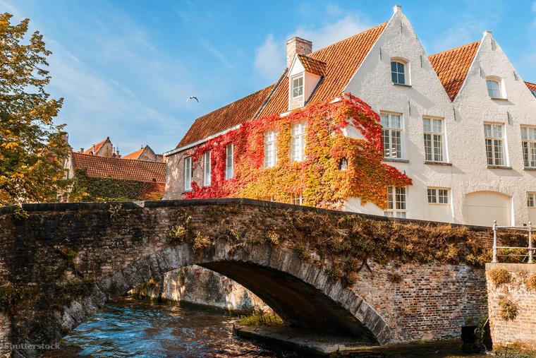 De a díszletszerűen tökéletes középkori utcák városának, a belga Bruges-nek is jól állnak a pirosas-sárgás árnyalatok