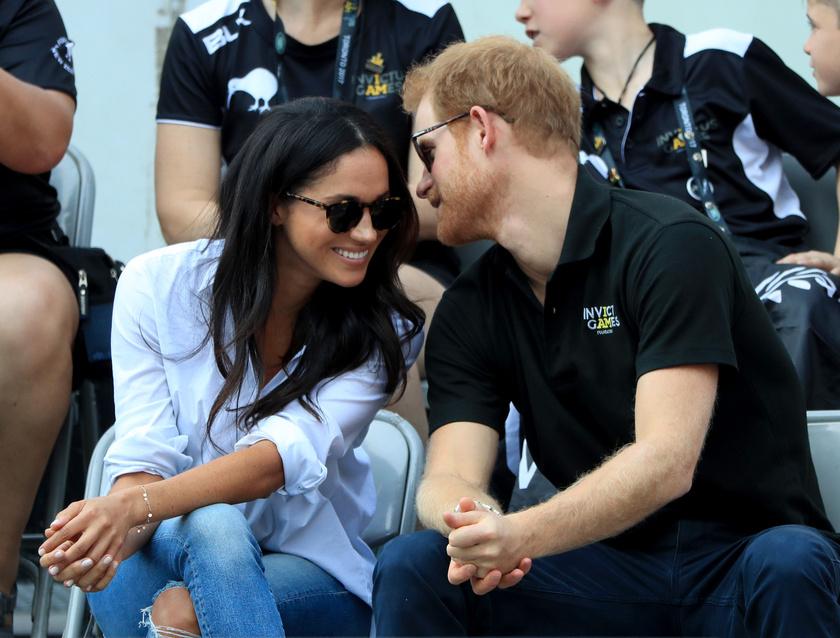 Egyszerűen süt róluk a szerelem: Harrynek és Meghannek rengeteget kellett küzdenie ezért a kapcsolatért, de úgy tűnik, nagyon boldogok egymás mellett.