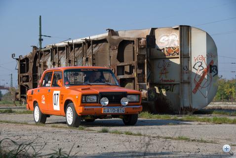 Dzseka gázos mindentbele-autója