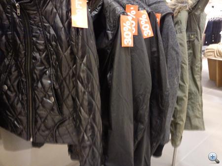H&M: női tavaszi kabátok olcsóbban.