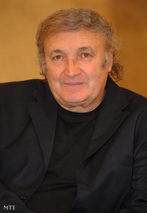 Jakabházy László