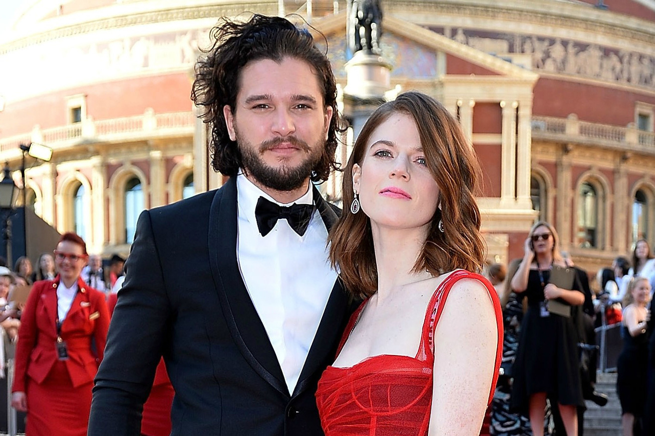 kit-harington-rose-leslie-eljegyzes-cover