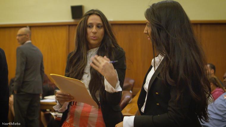 Mindy Meyer és Sara Shulevitz védőügyvédként tevékenykednek.