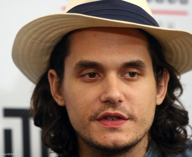 """""""Egy srác azt mesélte nekem, hogy ismer egy csajt, akit John Mayer felvitt magához és arra kérte, hogy hadd pisilje le"""