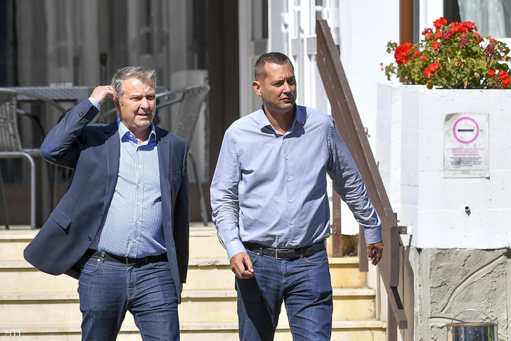 Molnár Gyula és Molnár Zsolt az MSZP az MSZP kihelyezett frakcióülésének szünetében Hajdúszoboszlón 2017. szeptember 13-án.