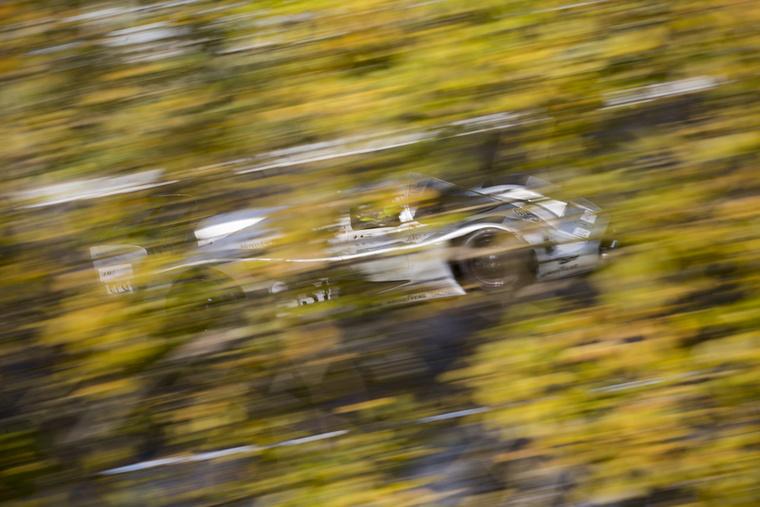 A legendás Mercedes-Benz C11 uralta a C csoportos, Le Mans-t megjárt autók mezőnyét