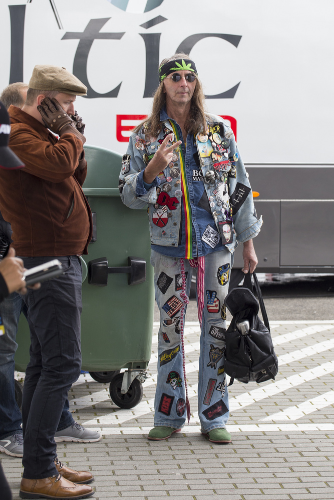 A rendezvény szervezői kérték, hogy minél többen tükrözzék a kor hangulatát öltözködésben is