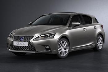 Lexus: a konnektoros hibrid butaság