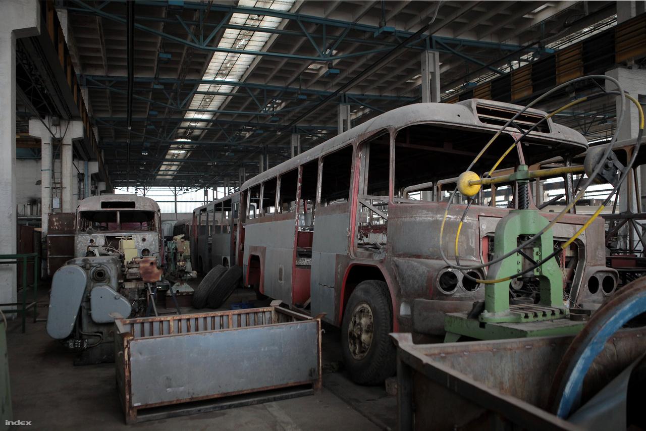 Az Ikarus 630-at 1955-ben fejlesztették ki távolsági busznak.