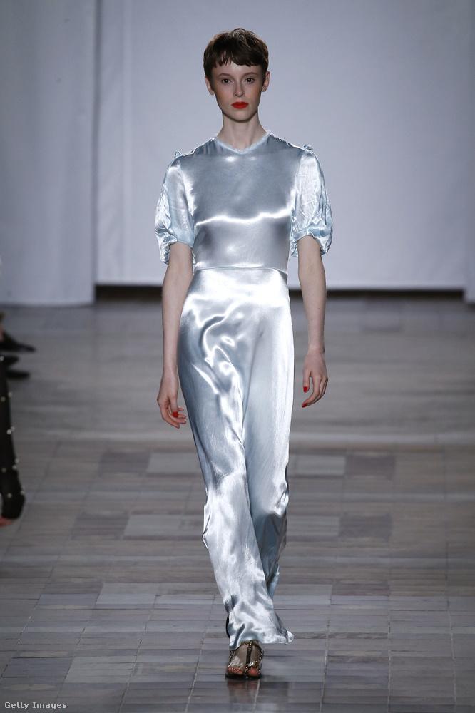 Pizsama-ruha Sonia Rykiel  kollekciójában.