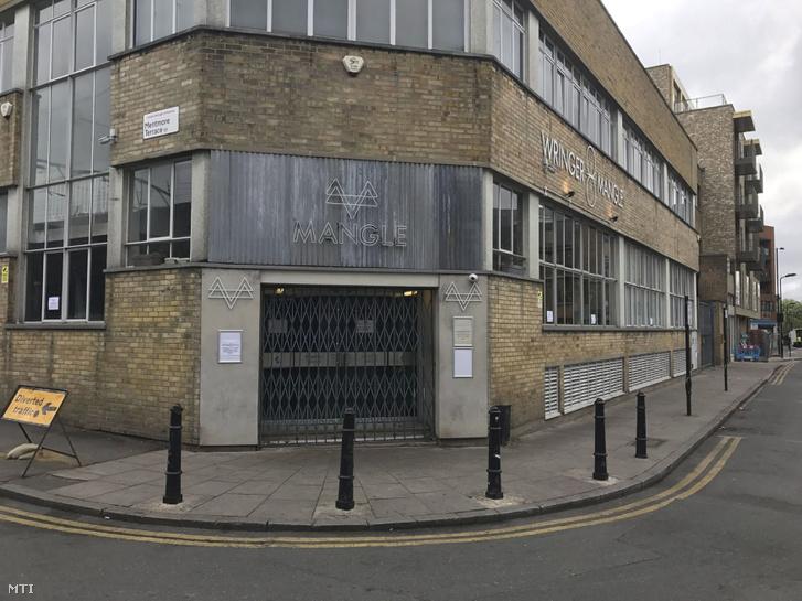 A londoni bár, ahol húsvét hétfőn húsz ember sérült meg egy savas támadásban.
