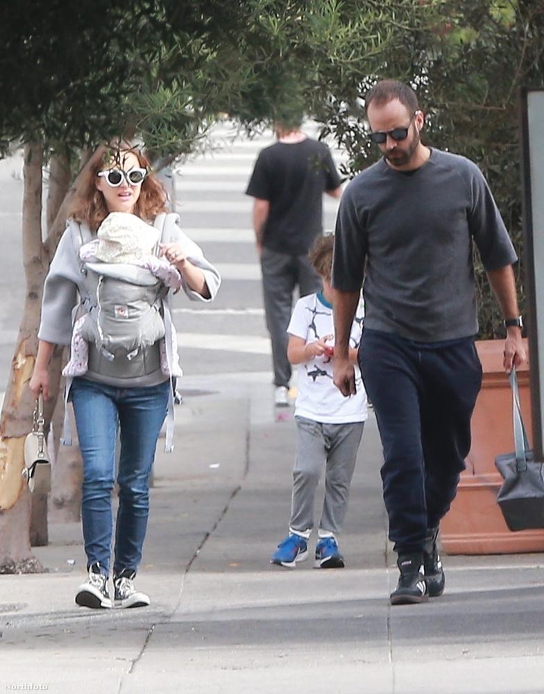Érdekes, hogy a család végül csak Los Angelesben kötött ki, pedig sokáig nem így tervezték