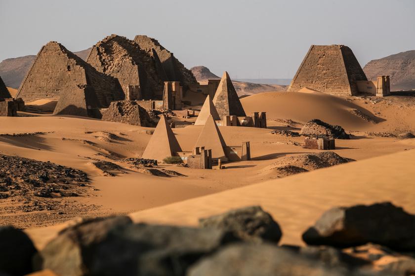 Itt van a világ legtöbb piramisa, mégis csak kevesen ismerik a mesés helyet