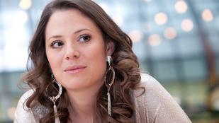 Down-szindrómás Szinetár Dóra újszülött kisfia – a színésznő közleményt adott ki